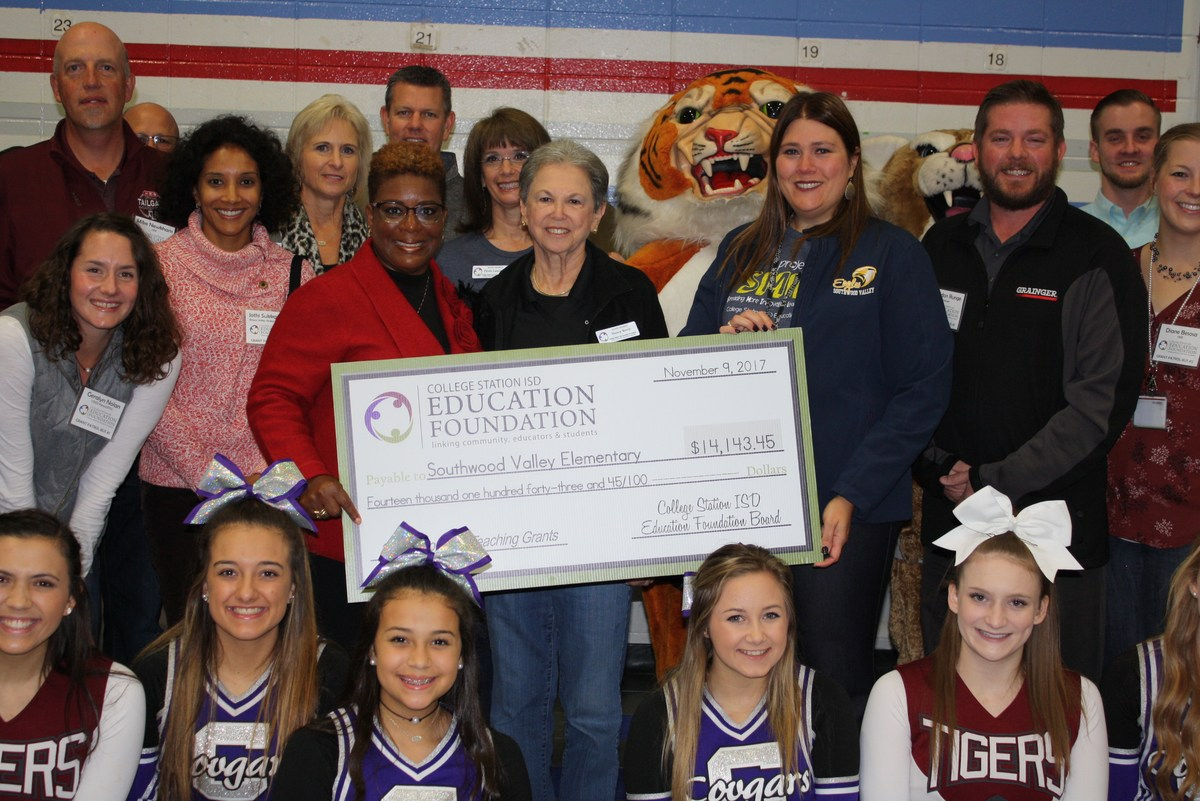 College Station Teachers Awarded $137,000 in Innovative Grants from CSISD Education Foundation