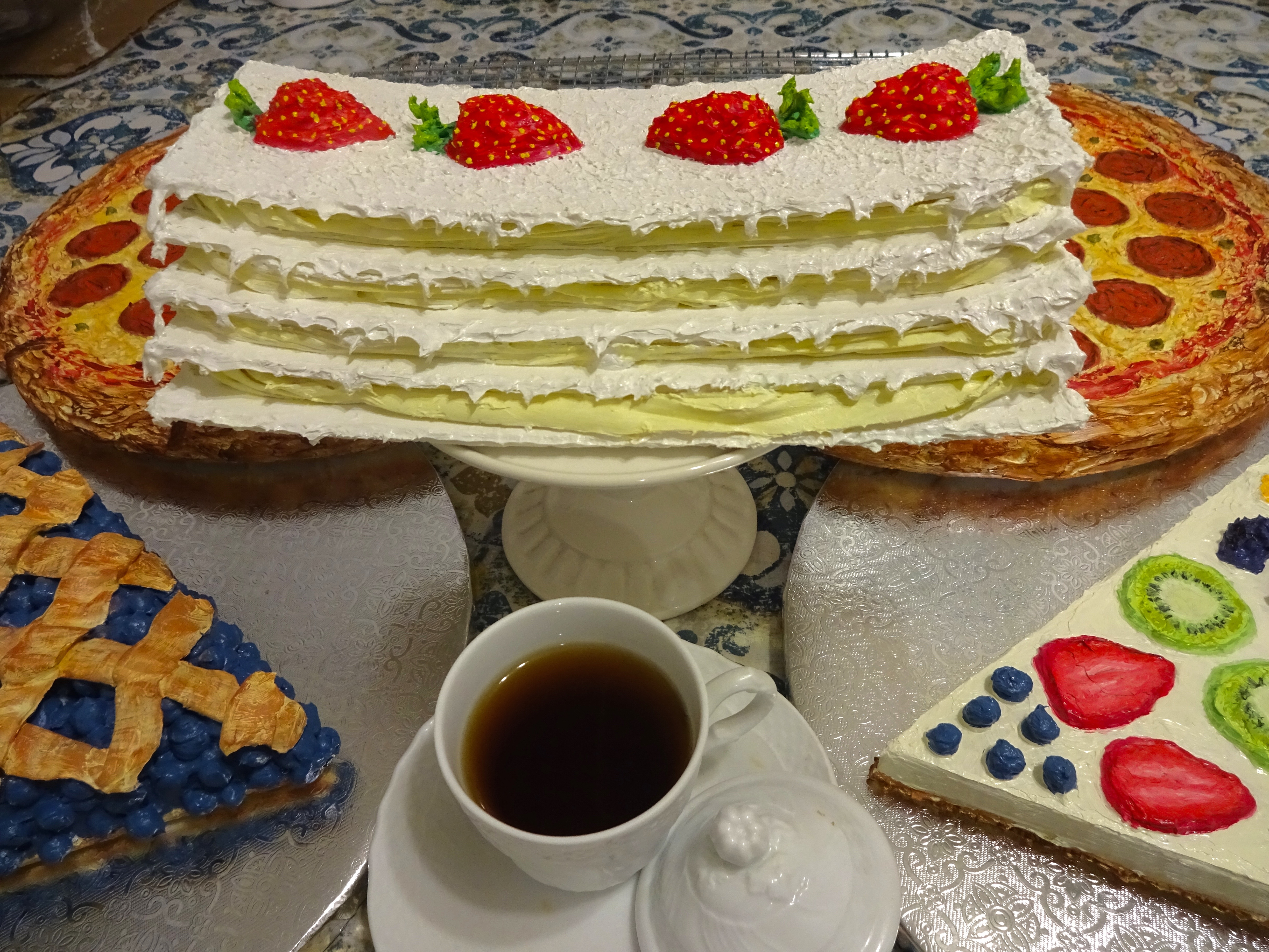 Berry White Millefeuille