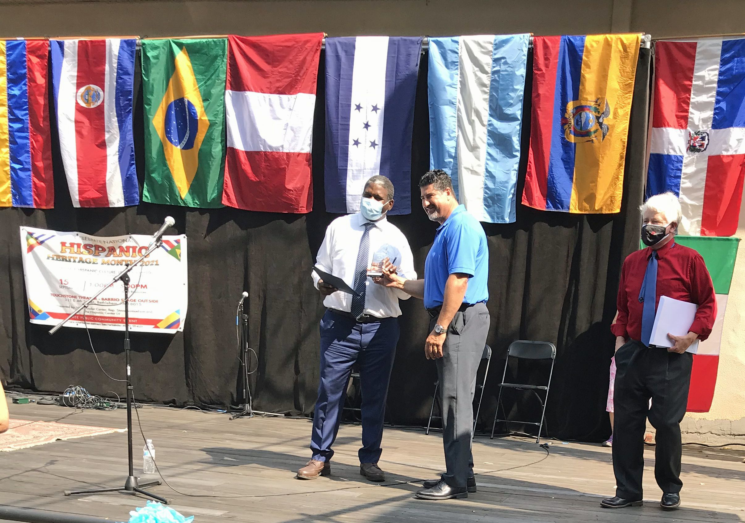 NPLS Attorney Receives Unsung Hero Award During Hispanic Heritage Month