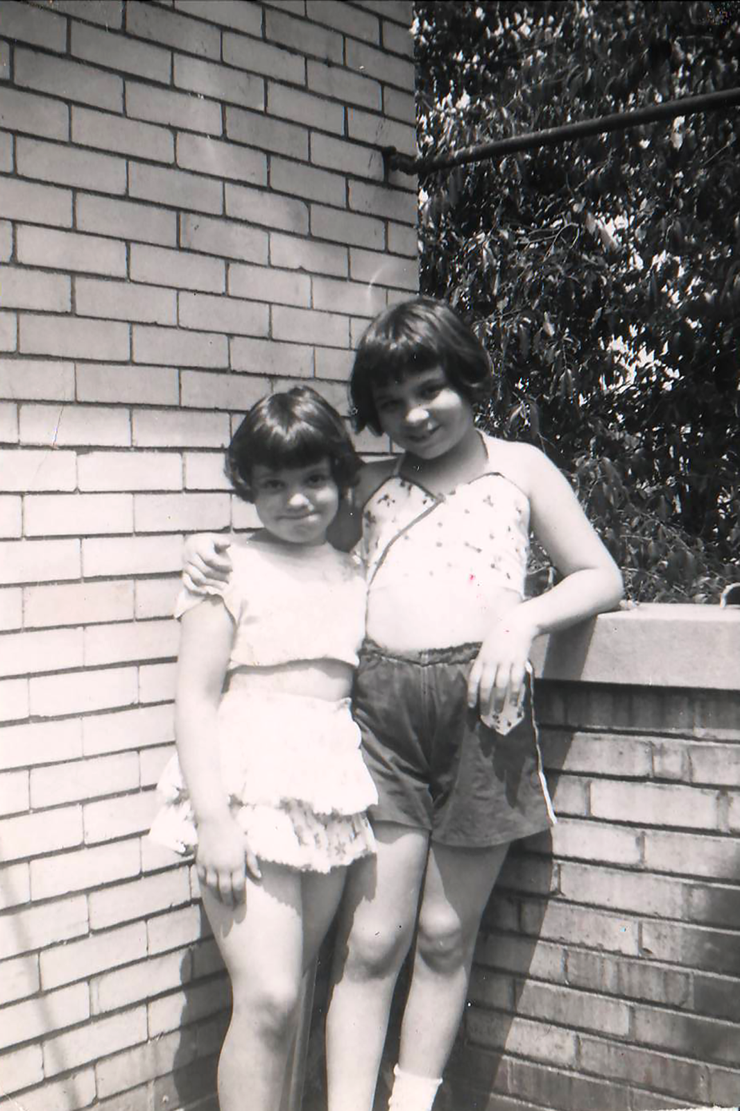 Nancy and her sister.