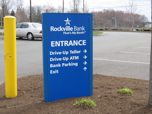 Directional Sign, Aluminum Pylon