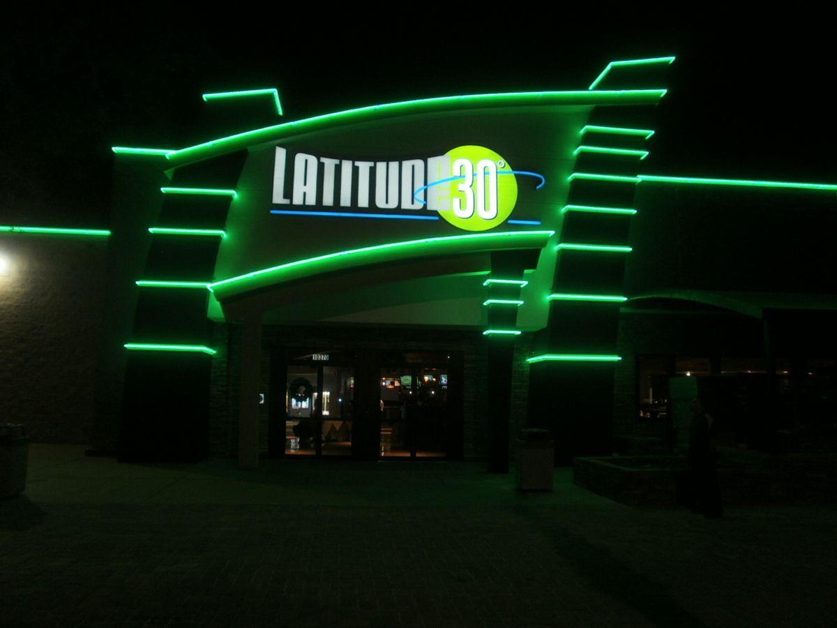 Latitude 30 neon