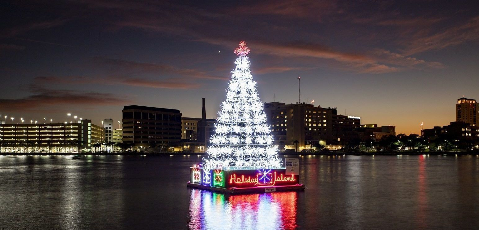 Holiday Harbour Tree Lighting