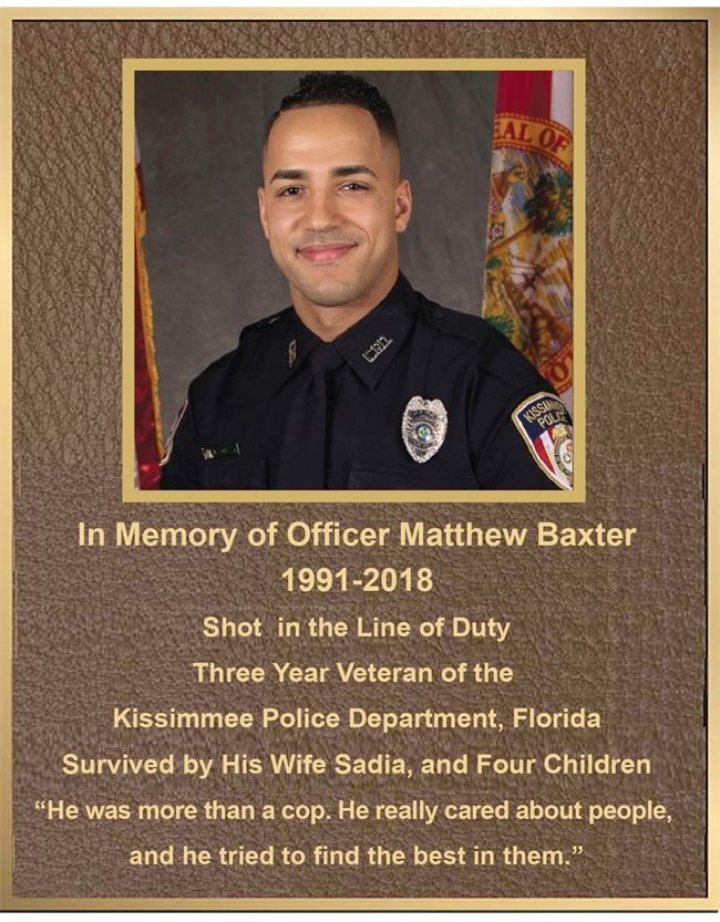 GC16515 -  Bronze Memorial Wall Plaque for  a Police Officer Fallen in Line of Duty,  with Photo