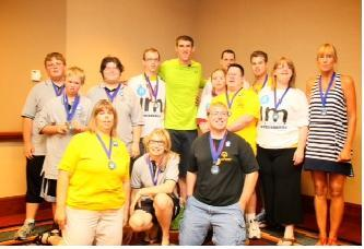 Fremont Swimmers have Breakfast with Swimming Legend Michael Phelps