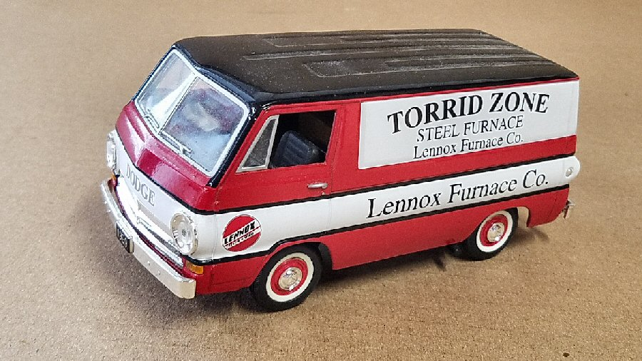 SpecCast 1/25th Scale Early Dodge Van Bank - Lennox Limited Edition