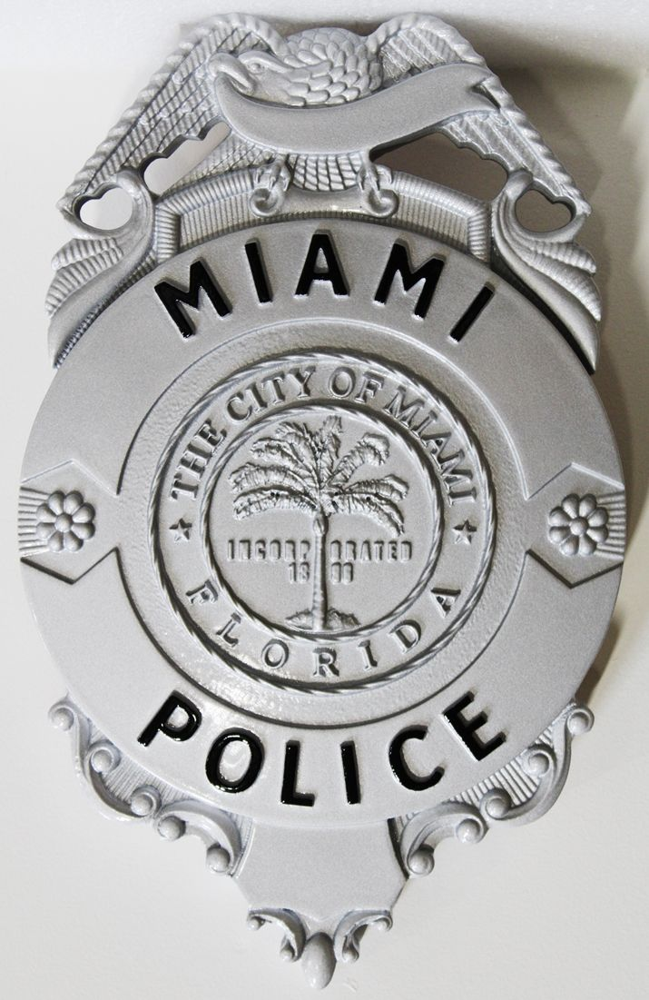 PP-1480 - Carved Plaque of the Badge of the Miami Police, Florida, 3-D Artist-Painted