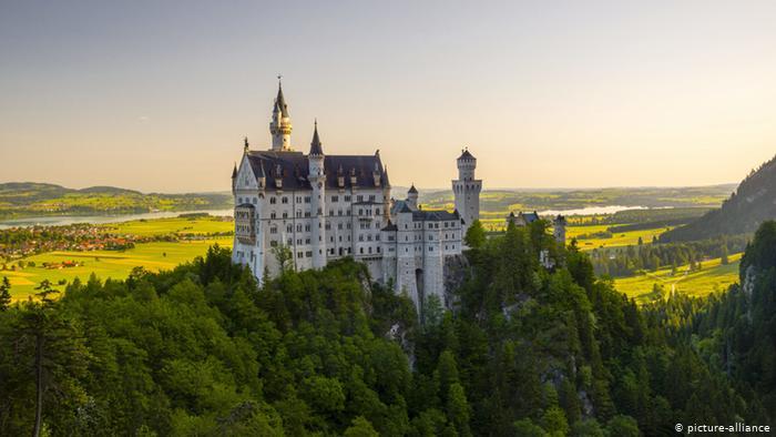 10 reasons to visit Neuschwanstein Castle