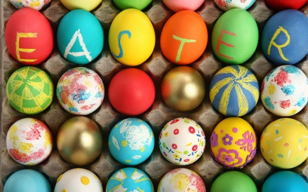 Mommy & Me: Coloring Eggs Workshop