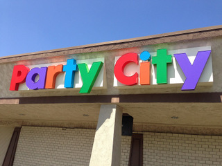 Channel Letter Signs for Malls in Orange County