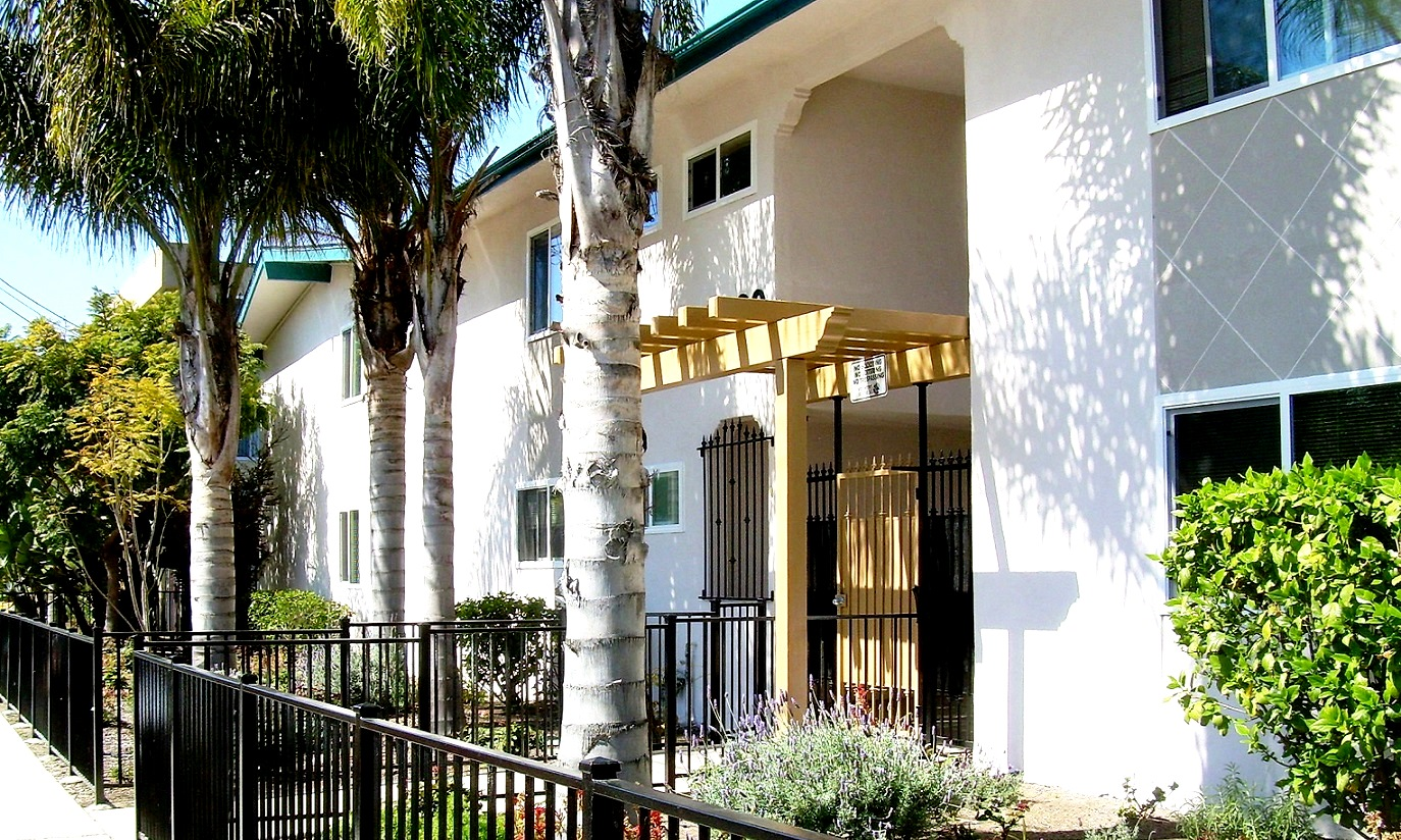 Isla Vista Apartments
