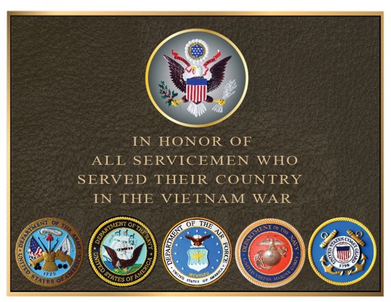 GC16805 -  Brass Wall Plaque Honoring  the USA Servicemen who Served in the Vietnam War, with US Great Seal and Five Service Seals
