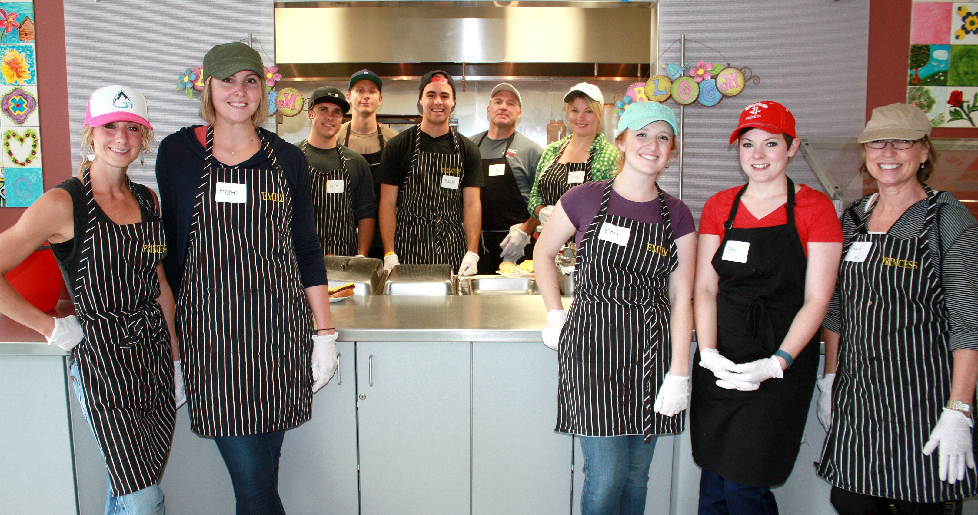 Group Volunteers The Gathering Place