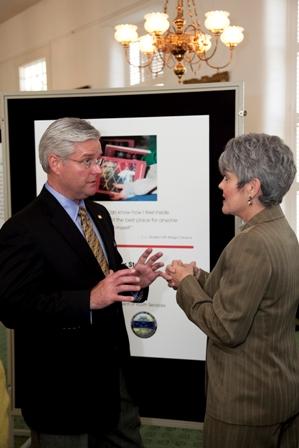 Sen. Greg Reed and Kelley Parris-Barnes (Photo 7075)