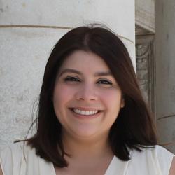 Roseann Álvarez