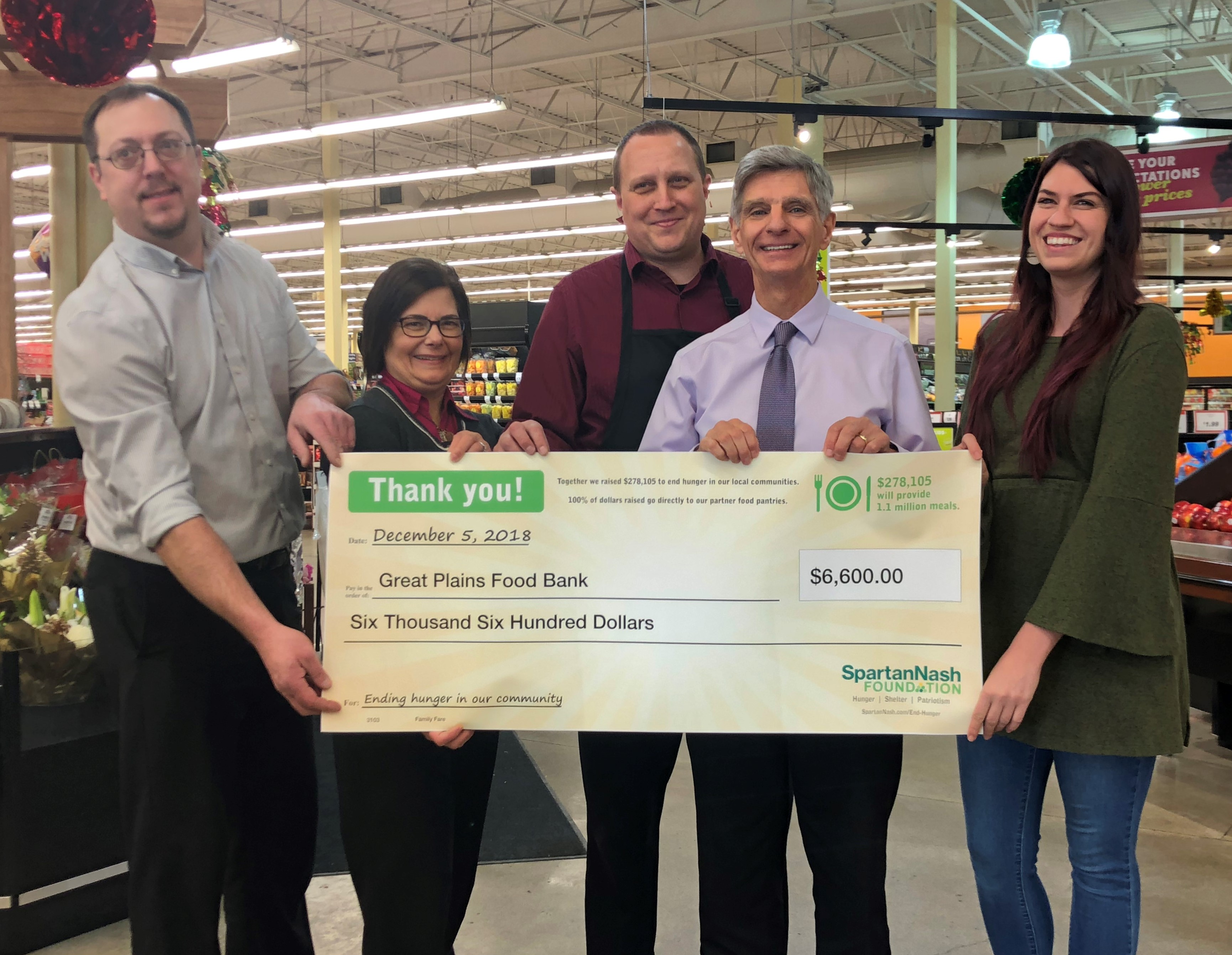 SpartanNash Foundation donates $6,600 to Great Plains Food Bank through annual scan campaign