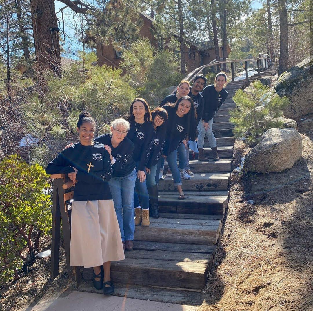 Sr. Desiré Anne-Marie Findlay Joins Pomona Catholic High School Students on Kairos Retreat
