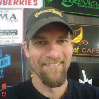 Wade Lambrigtsen, Vintage Sign Shop