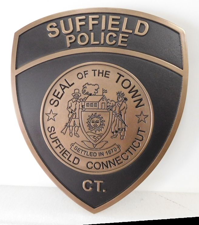 X33744 - Carved and Engraved  2.5-D  Bronze-Plated HDU Plaque of the Shoulder Patch of the Police Department of the Town of Suffield, Connecticut