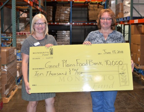 Monsanto Fund donates $10,000 to Great Plains Food Bank