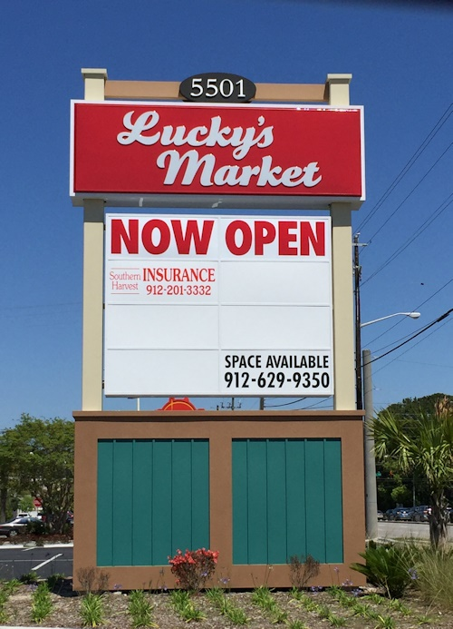 Lucky's Market