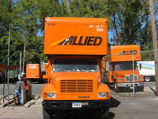 Fleet Graphics, Moving Van, Front Lettering, Logo & Graphics