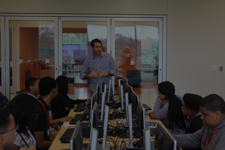 Congressman Graves Encourages Lee High School Students to Participate in 2017 Congressional App Challenge