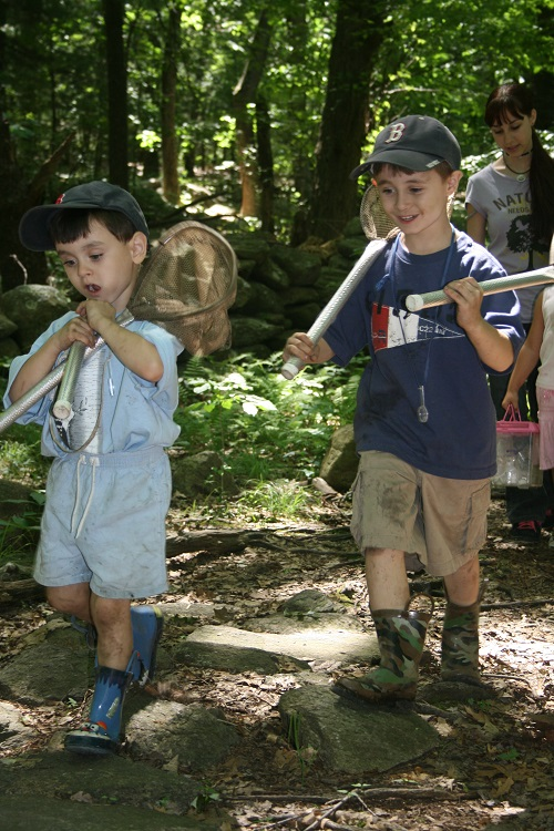 Educational nature programs spark wonder and enthusiasm