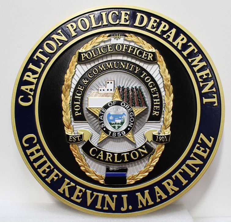 PP-1526 - Carved Plaque of the Police Badge of the City of Carlton, Oregon, 3-D Arist-Painted with Gold Leaf