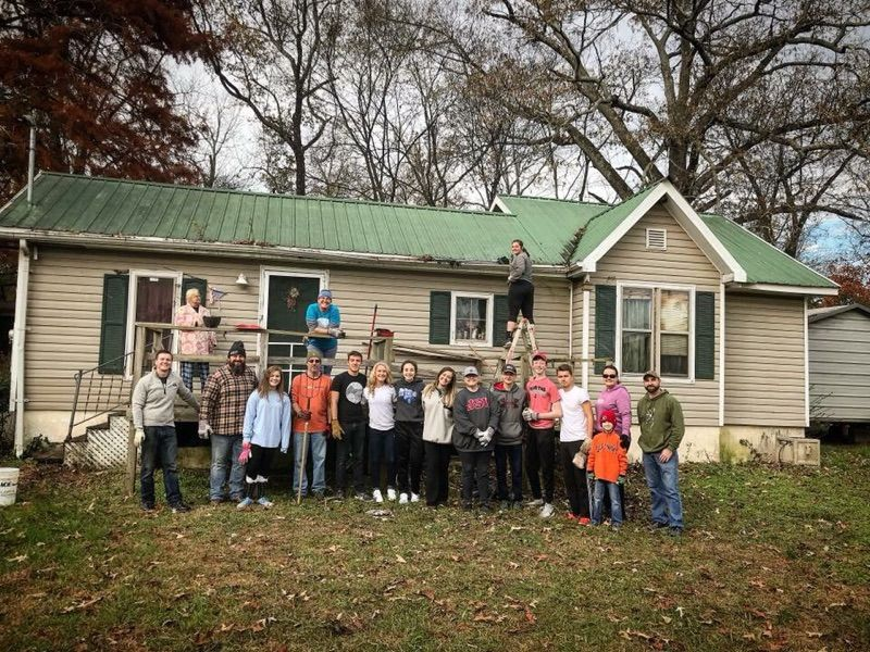 Rock Bridge Church Youth Help Catoosa Habitat for Humanity