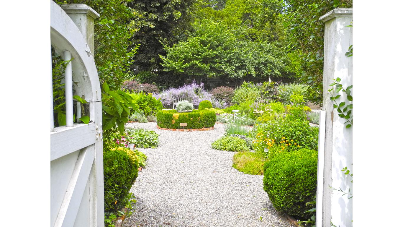 NewYork-John Jay Homestead SHS-Garden 4