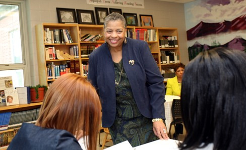 Priscilla Hancock Cooper chats with her Writing Our Stories students. (Jamie Martin)