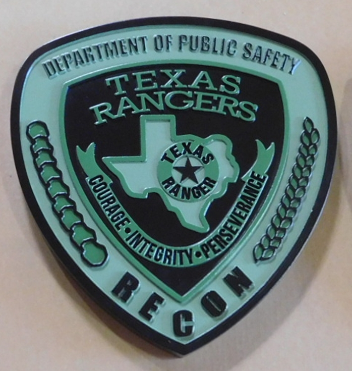 PP-2430 - Carved Plaque of the Shoulder Patch of the Recon Division of the Texas Rangers. 2.5-D Artist-Painted