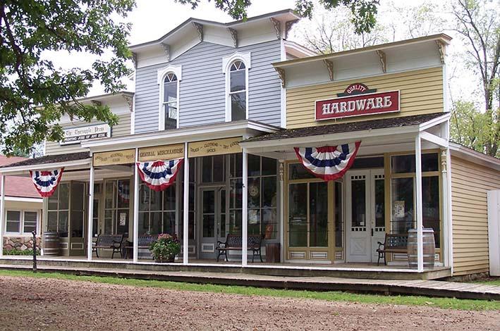 Mainstreet Charlton Park