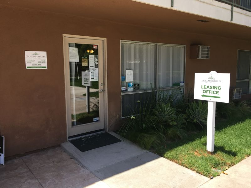 Leasing office signs for apartment complexes | Santa Ana | Whittier CA