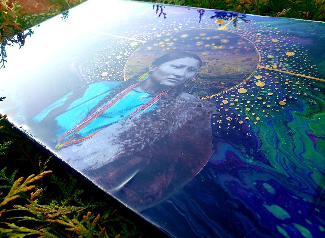 MONICA GILLES-BRINGS YELLOW   Painter