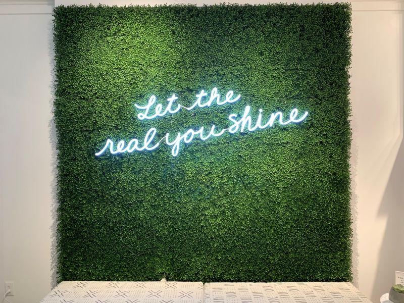 Illuminated Storefront Signs - Sign Partners Boca Raton011