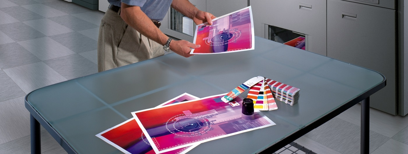 4-COLOR PRINTING TO PROMOTE YOUR BUSINESS