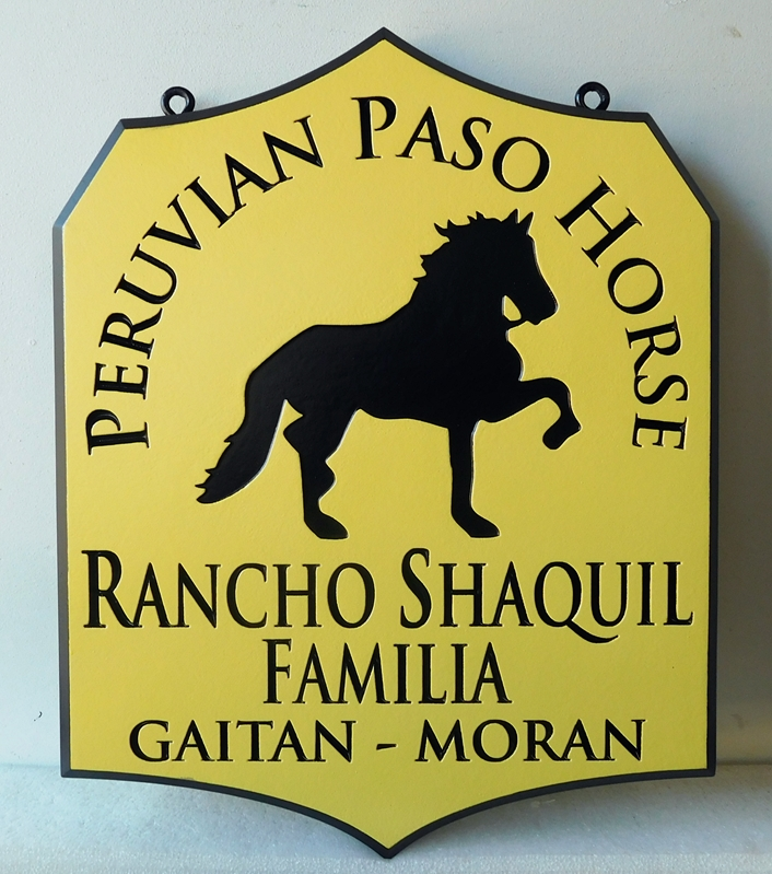 P25133 - Carved, HDU Sign in Spanish for Rancho Familia (Family Ranch) for Peruvian Peso Horses