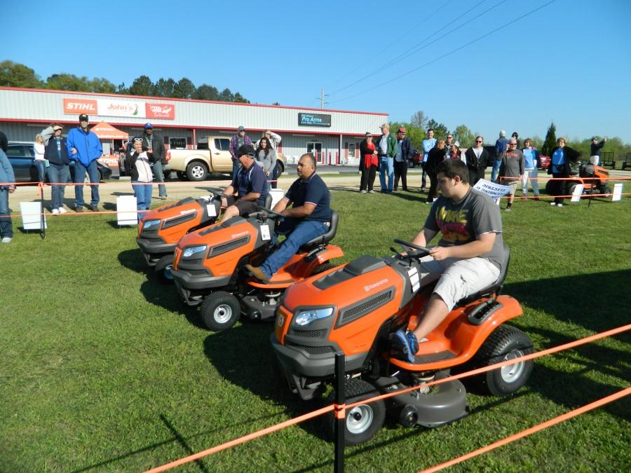 2015 Annual Lawn Mower Race
