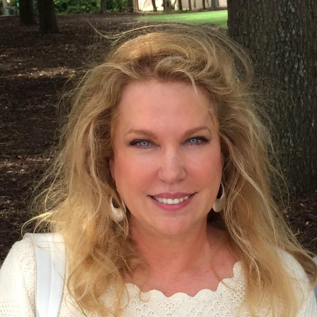 Why I Give: Suzie Bowen