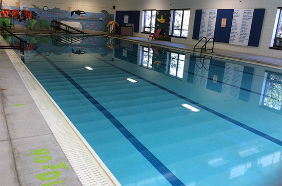 Village offering public memberships for Clear Lake gymnasium, pool