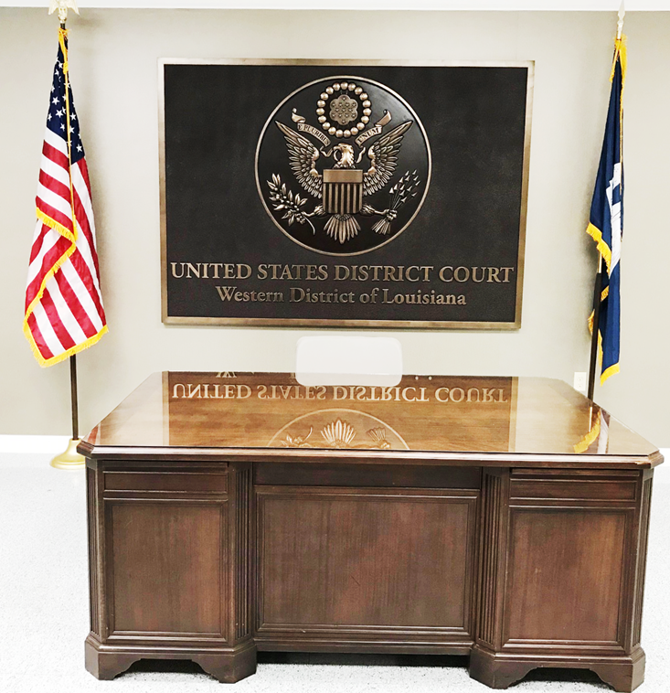 FP-1083 - Carved Wall Plaque of theSeal of the US District Court, WesternDistrict of Louisiana, 3-D Brass-Plated with Rectangular Base