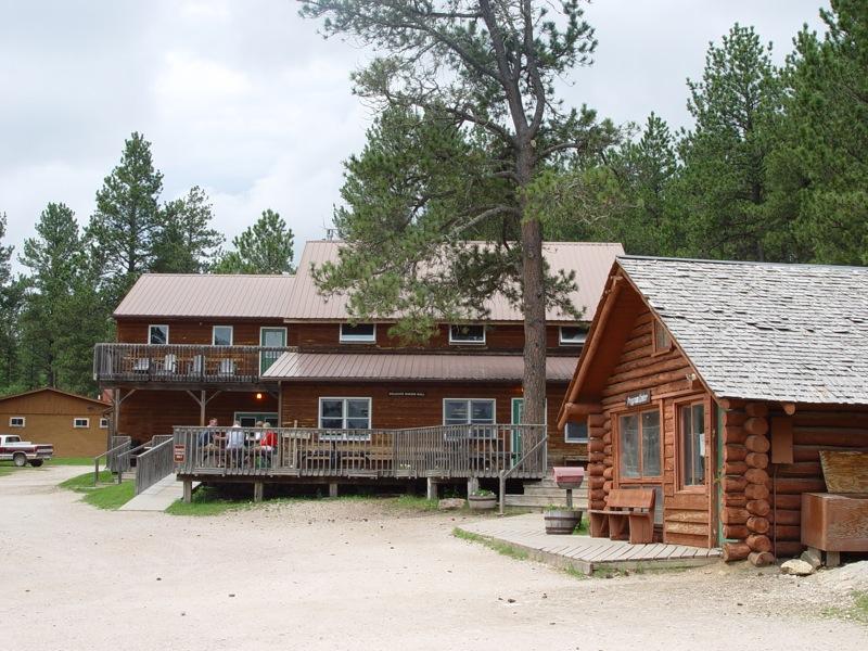 hugo cabins hills area mt dakota sd cabin backroads black south rushmore in inn