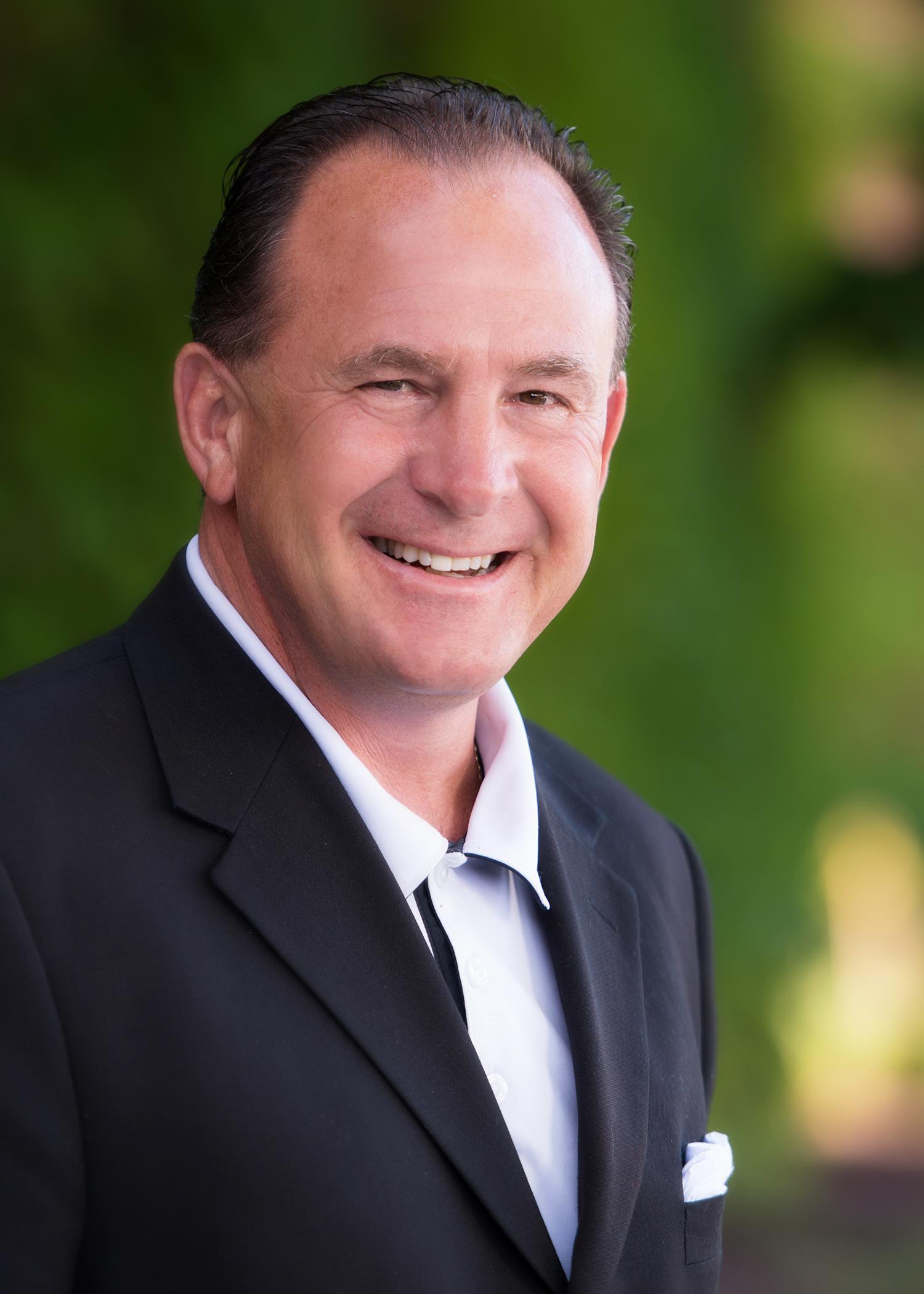 George Bogdonovich, Advisor