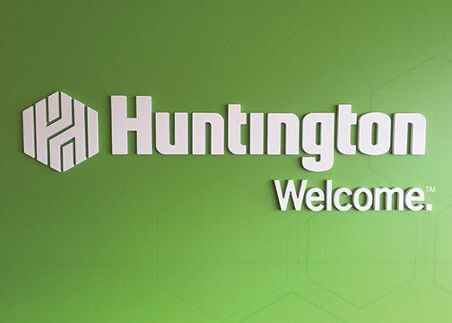 Huntington Bank Dimensional Lettering Paul Brown Stadium 1