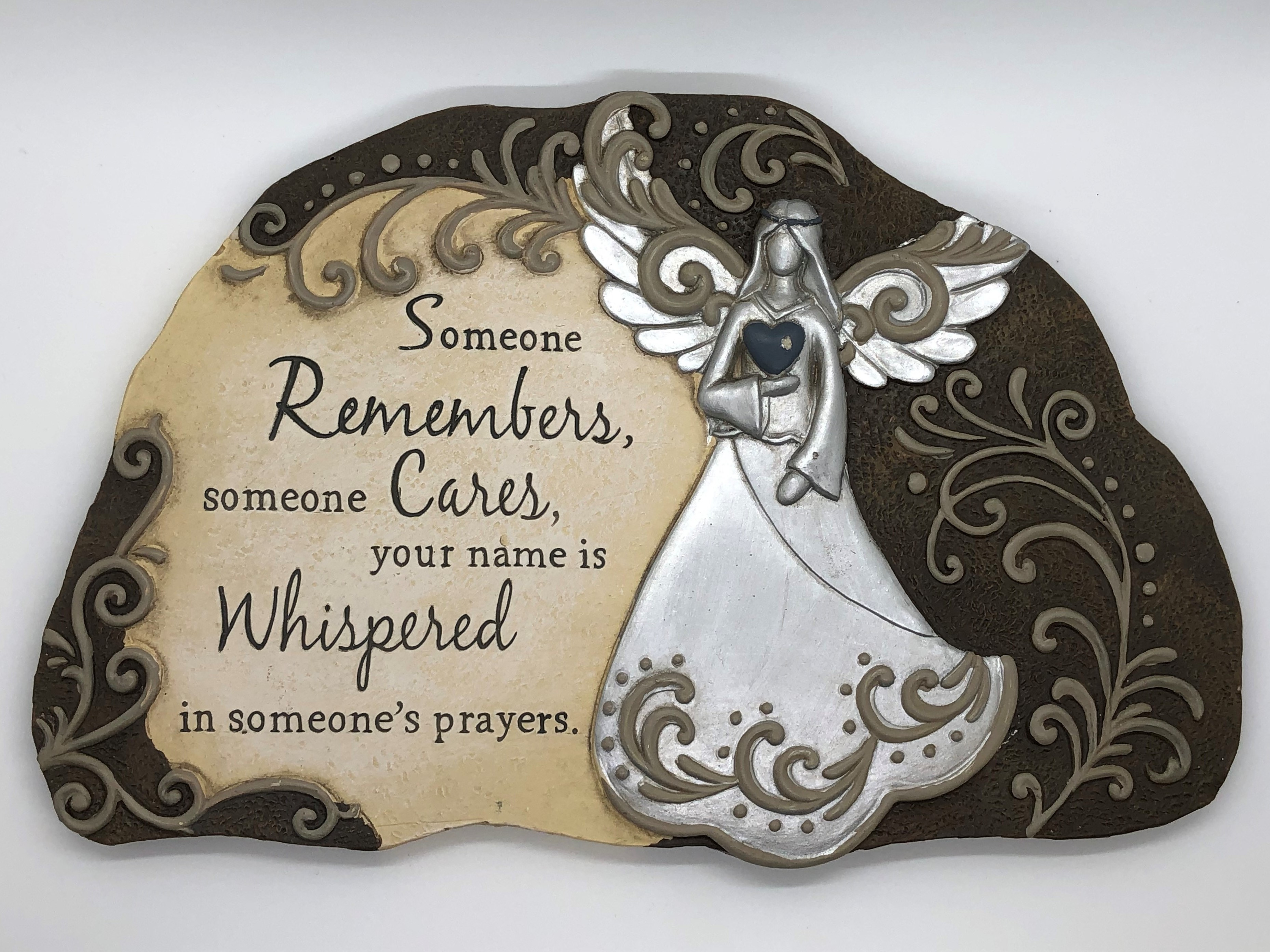 Garden Plaque Stepping Stones ~Someone remembers, someone Cares, your name is Whispered in someone's prayers