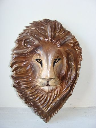 Q25046 - 3-D Carved African Lions's Head for Applique on Sign or Plaque