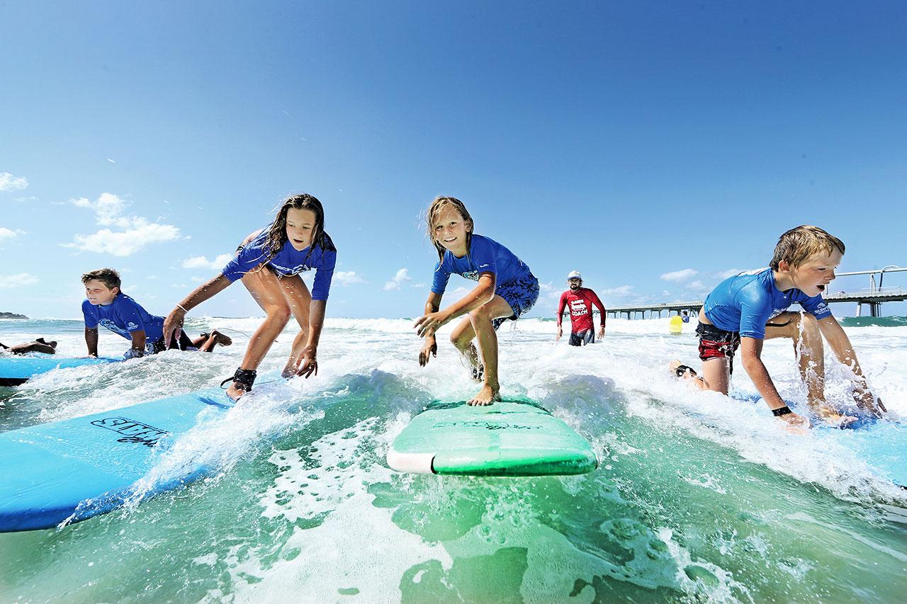 CASA SURF & YOGA DAY!