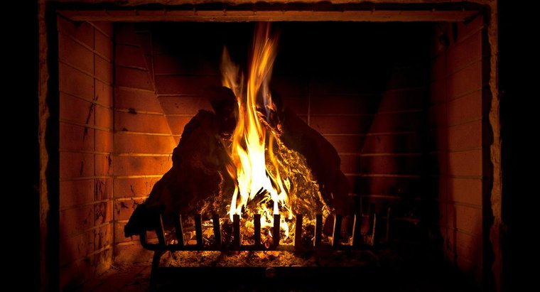 """The Gallery Theater presents: """"Fireside with Friends"""""""